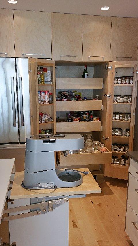 2015 Fran_cb_kitchen_vanity_closet 2015-05-13 12.38 (15)