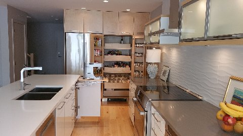 2015 Fran_cb_kitchen_vanity_closet 2015-05-13 12.38 (17)