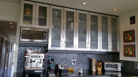 Modern kitchen and coffee bar.